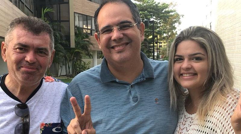 FECHOU: vereadora da câmara de Sousa anuncia apoio a pré-candidato a deputado de Patos - Foto: reprodução