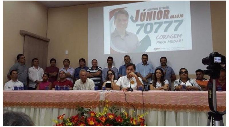 """""""Sousa tem deputado, a cidade não ficou sem deputado estadual"""" disse Júnior Araújo em entrevista coletiva em Cajazeiras - ÁUDIO - Foto: reprodução"""