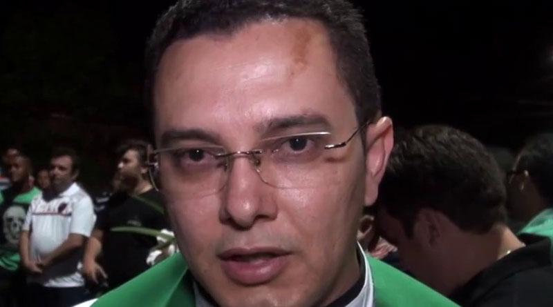 Padre revela economia de mais de 4 mil reais após implantação de