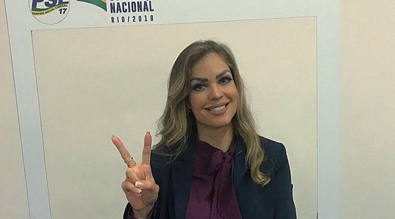 Ricardo vai à justiça para proibir Pâmela de levar o filho em manifestações de Bolsonaro - Foto: reprodução
