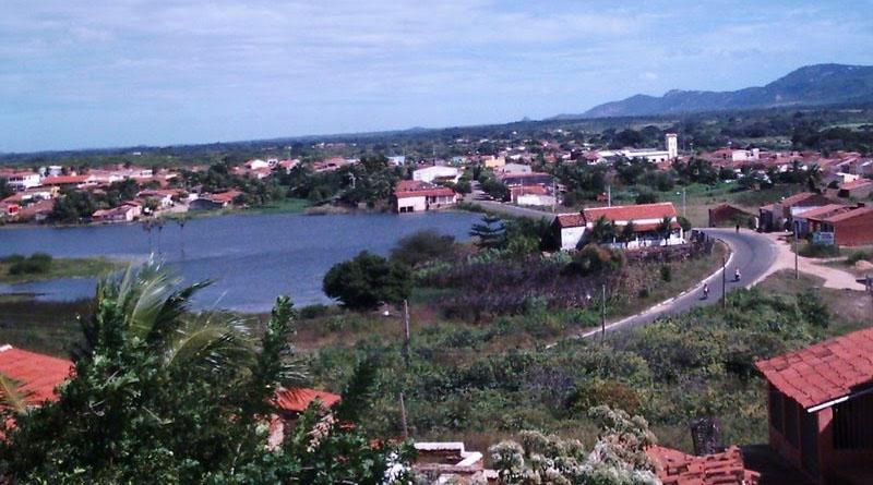 EXCLUSIVO: secretária de educação pede exoneração em São José da Lagoa Tapada - VEJA