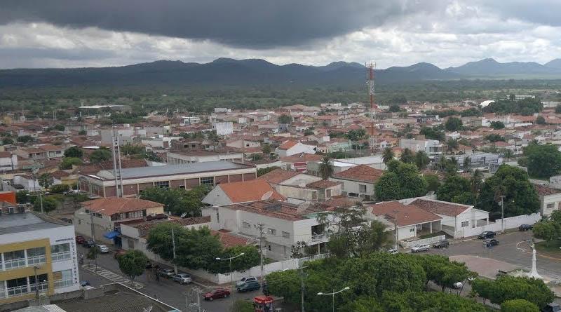Em Sousa, comércio, serviços e indústria poderão funcionar até dez horas por dia de acordo com documento publicado pela prefeitura  - Cidade de Sousa-PB